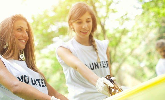 Charity vs social enterprise: What's best for your new business?