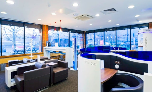 Regus opens new Express site on the M6