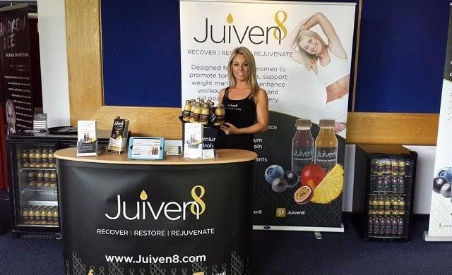 Juiven8 Drinks: Ali Turner and Johan Carstens