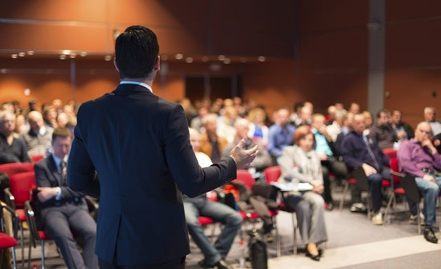 How to create a convincing pitch deck to win your start-up awards