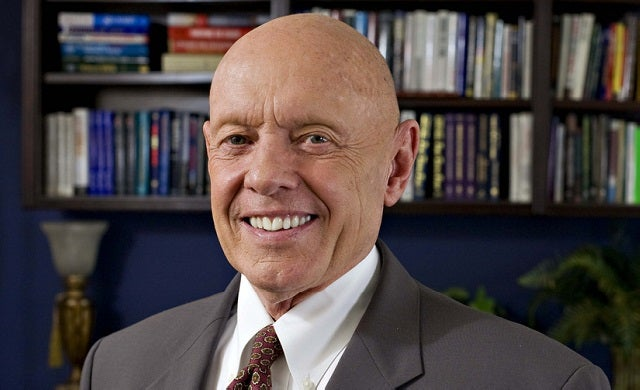 Business Leaders: Stephen R Covey
