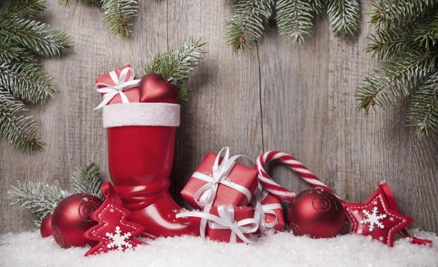 How to deal with seasonal spikes in customer demand for Christmas