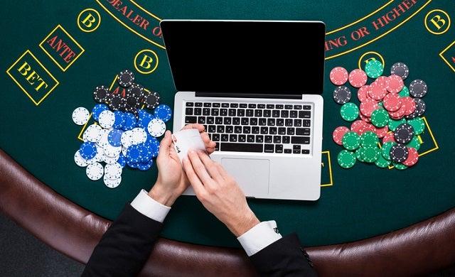 How to start an online casino business