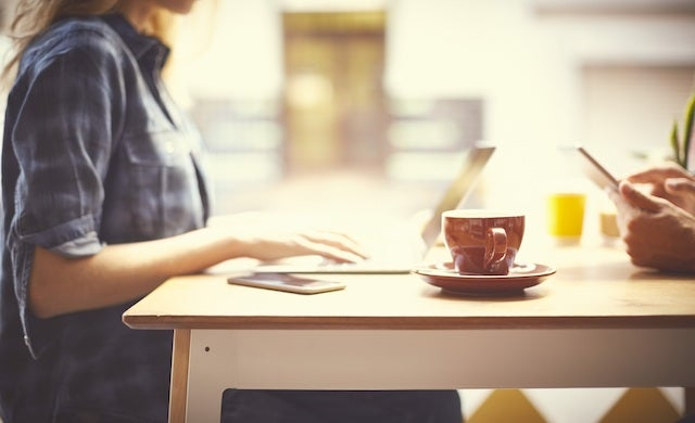 A quarter of entrepreneurs prefer coffee shops to their office