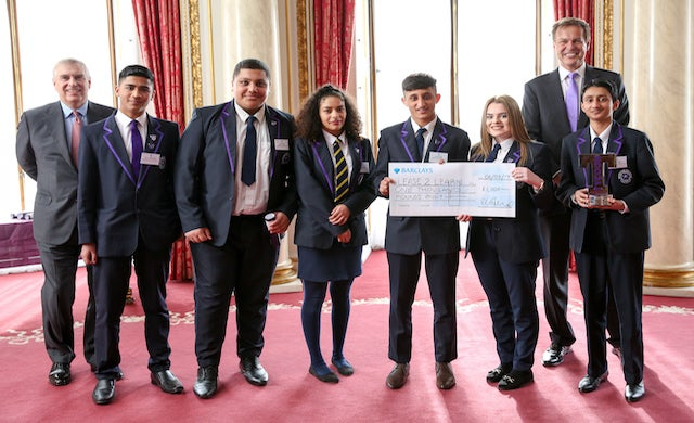 Dragons' Den star Peter Jones awards funding to year 11 student venture