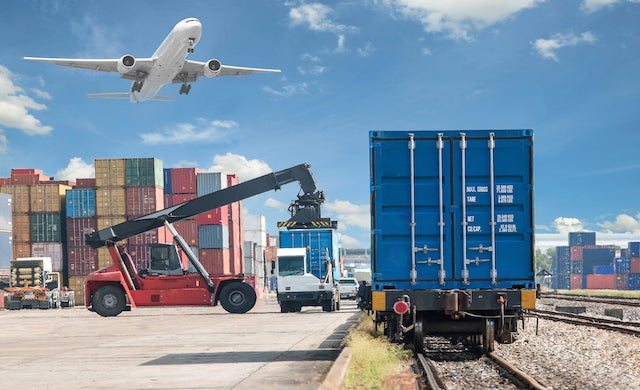UK small businesses take advantage of low pound to drive export boom
