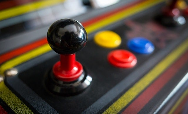 How to start your own arcade and retro-gaming bar