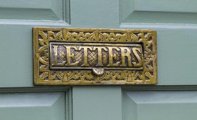 Door drop letter box