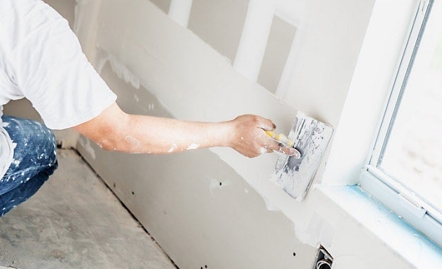 Starting up a plastering business | A guide by Startups co uk