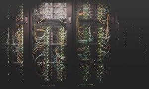 Web hosting server