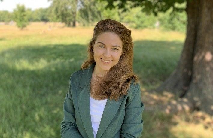 Alena Golden portrait