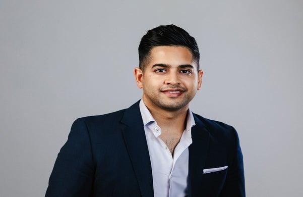 successful_entrepreneur_q&a_vroon_sokin